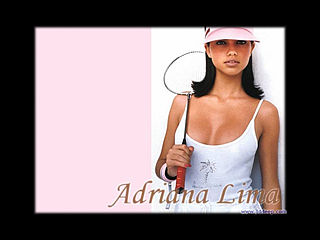 download 3D Deep Adriana Lima Screensaver