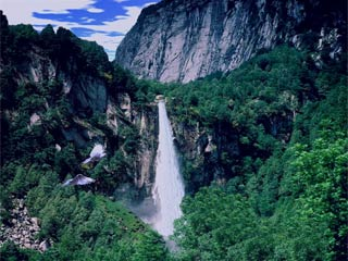 download 3D Mountain Waterfall Screensaver